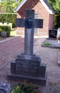 booijink-1940-kerkhof-weerselo