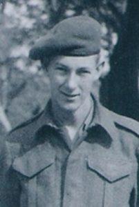 mcmillan-1945-foto
