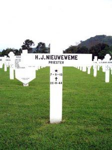 nieuweme-pater-plechelmus-1944-ereveld-cimahi